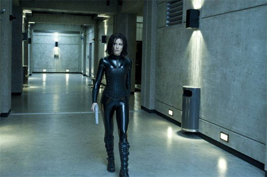 Underworld Awakening Photo 7 - Large