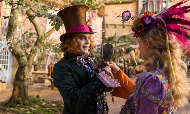 Alice Through the Looking Glass Photo 4 - Large