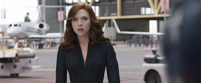 Captain America: Civil War Photo 21 - Large