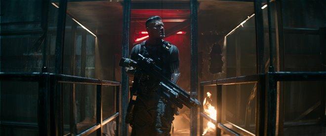 Deadpool 2 Photo 11 - Large