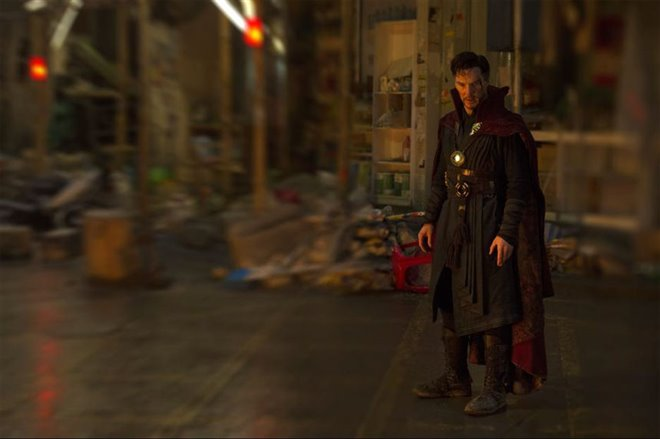 Doctor Strange Photo 29 - Large