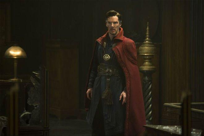 Doctor Strange Photo 31 - Large