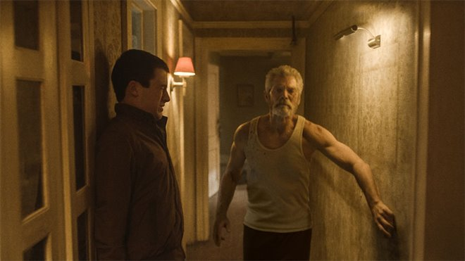 Don't Breathe Photo 1 - Large
