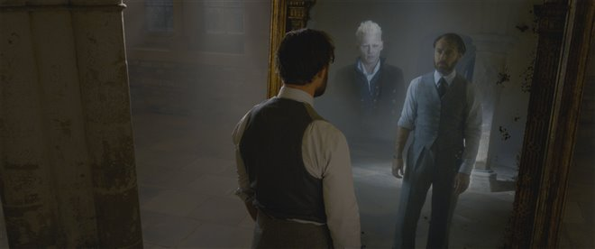 Fantastic Beasts: The Crimes of Grindelwald Photo 41 - Large
