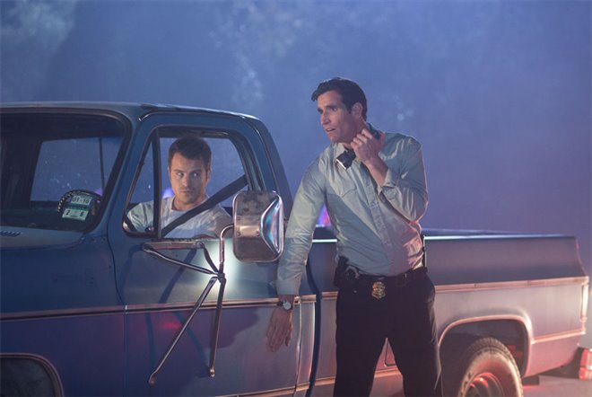 Hot Pursuit Photo 14 - Large