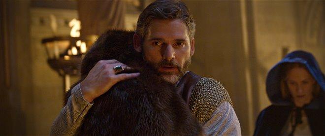 King Arthur: Legend of the Sword Photo 36 - Large