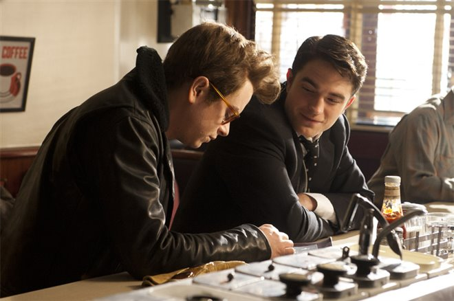 Life (Robert Pattinson) Photo 1 - Large