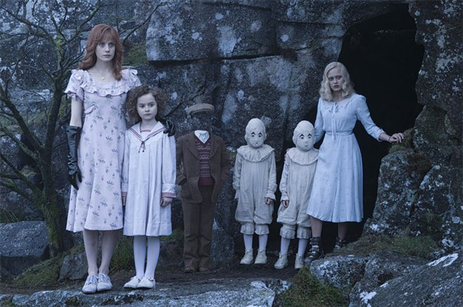 Miss Peregrine's Home for Peculiar Children Photo 7 - Large
