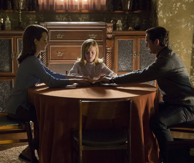 Ouija: Origin of Evil Photo 2 - Large