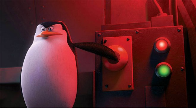 Penguins of Madagascar Photo 5 - Large