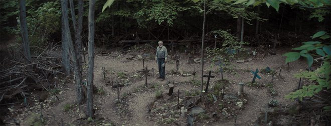 Pet Sematary Photo 14 - Large
