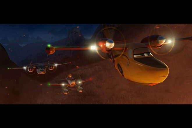 Planes: Fire & Rescue Photo 24 - Large