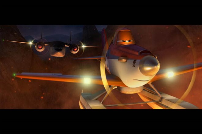 Planes: Fire & Rescue Photo 28 - Large