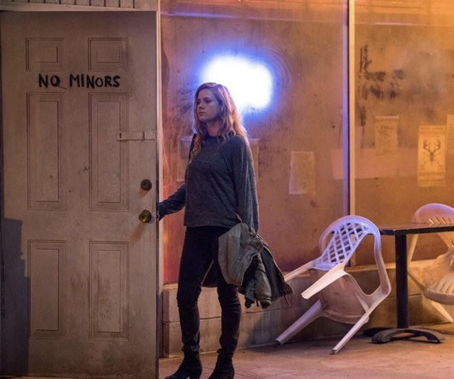 Sharp Objects (HBO) Photo 2 - Large
