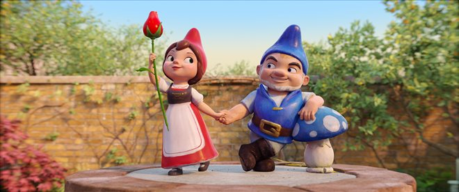Sherlock Gnomes Photo 2 - Large