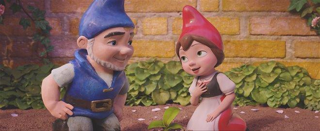 Sherlock Gnomes Photo 30 - Large