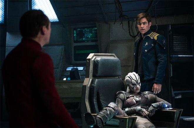 Star Trek au-delà Photo 3 - Grande