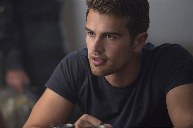 The Divergent Series: Allegiant Photo 5 - Large