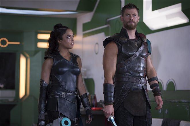 Thor : Ragnarok (v.f.) Photo 1 - Grande