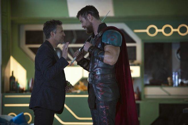 Thor : Ragnarok (v.f.) Photo 3 - Grande
