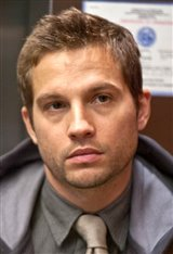 Logan Marshall-Green Photo