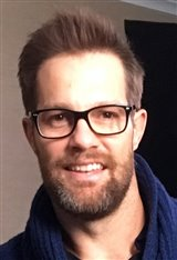 Geoff Stults Photo
