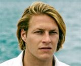 Luke Bracey Photo