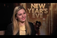 Abigail Breslin (New Year's Eve) Video