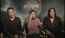 Alex Meraz, Chaske Spencer and Julia Jones (The Twilight Saga: Eclipse) Video