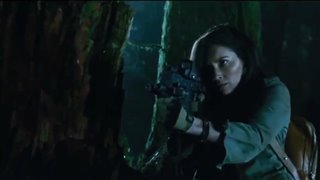"'The Predator' Movie Clip - ""Ambush"" video"