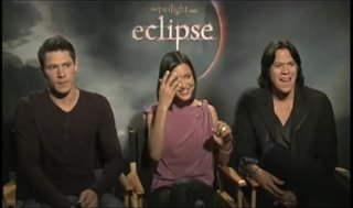 Alex Meraz, Chaske Spencer and Julia Jones (The Twilight Saga: Eclipse) - Interview Video Thumbnail