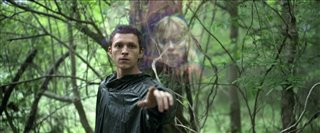 "CHAOS WALKING Movie Clip - ""First Meeting"" Video Thumbnail"