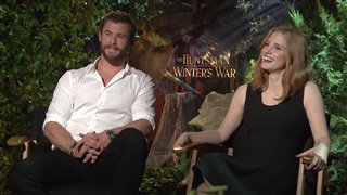 chris-hemsworth-jessica-chastain-interview-the-huntsman-winters-war Video Thumbnail