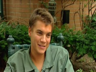 EMILE HIRSCH - IMAGINARY HEROES- Interview Video Thumbnail