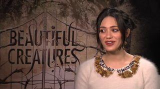 Emmy Rossum (Beautiful Creatures)- Interview Video Thumbnail