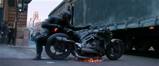 "'Fast & Furious Presents: Hobbs & Shaw' Movie Clip - ""Motorcycle Chase"" Video Thumbnail"