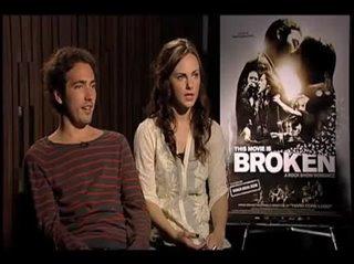greg-calderone-georgina-reilly-this-movie-is-broken Video Thumbnail