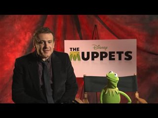 Jason Segel & Kermit the Frog (The Muppets) - Interview Video Thumbnail