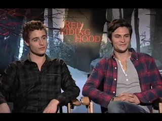 Max Irons & Shiloh Fernandez (Red Riding Hood) - Interview Video Thumbnail