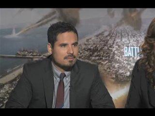michael-pena-bridget-moynahan-battle-los-angeles Video Thumbnail