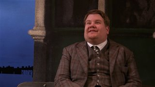 national-theatre-live-one-man-two-guvnors-trailer Video Thumbnail