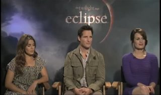 nikki-reed-peter-facinelli-elizabeth-reaser-the-twilight-saga-eclipse Video Thumbnail