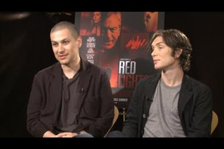 rodrigo-cortes-cillian-murphy-red-lights Video Thumbnail