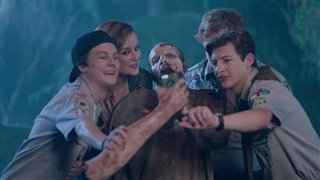 scouts-guide-to-the-zombie-apocalypse-movie-clip-selfie Video Thumbnail
