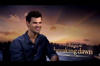 Taylor Lautner (The Twilight Saga: Breaking Dawn - Part 2) - Interview Video Thumbnail
