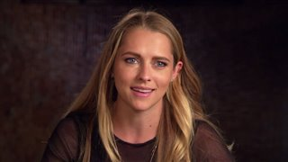 teresa-palmer-interview-lights-out Video Thumbnail