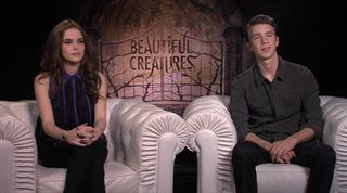 zoey-deutch-thomas-mann-beautiful-creatures Video Thumbnail